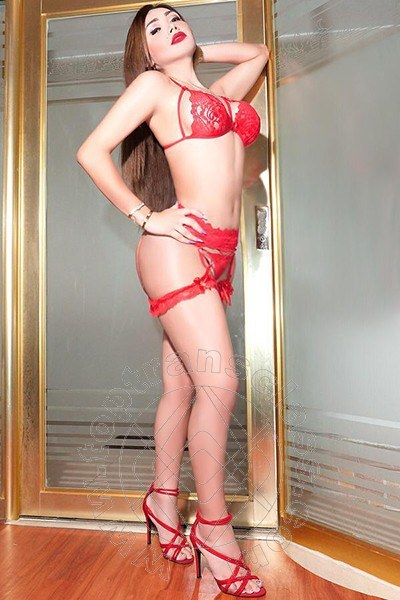 Fernanda Sandoval  MILANO 3899931069