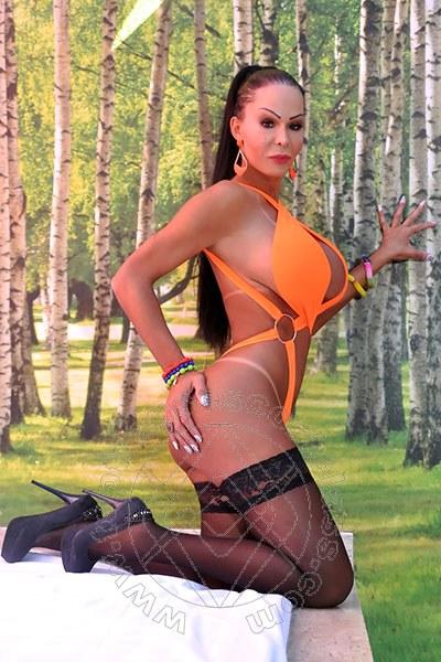 Aline Fenaroly  SALERNO 3207485765